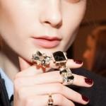 MI Fashion Week: unghie bordeaux da DSquared e nude da Les Copains
