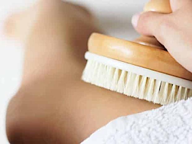 massaggio spazzola