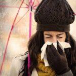 Raffreddore? Ecco il trucco a prova di starnuto