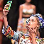 Le 8 mosse per ottenere un trucco da selfie perfetto