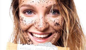 Esfoliare la pelle: qual è l'ora migliore per farlo?