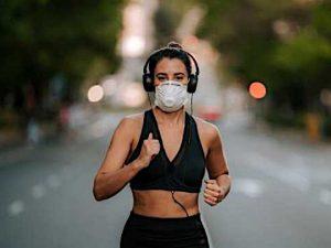 correre con mascherina