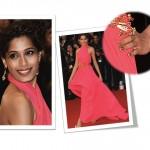 Occhio alle unghie! Meravigliosa Freida Pinto a Cannes.
