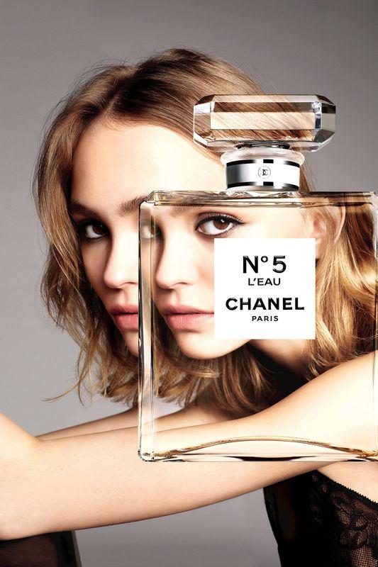 lily-rose-melody-depp-ambasadorka-perfum-chanel-n-5-l-eau